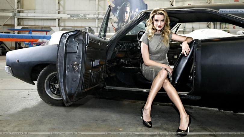 sexy-amber-heard-sitting-on-a-car-seat-grid-2-impressions-finales-wallpaper-sexy-car-new-protocol-pusaikozu